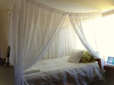 I made this canopy bed for my dorm room at Cornell University, and I've absolutely loved it! #dorm