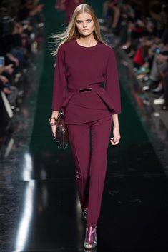 Elie Saab colección prêt-à-porter otoño-invierno - Paris Fashion Week 2015 Fashion Trends, Fashion Week, Look Fashion, Runway Fashion, High Fashion, Fashion Show, Fashion Design, Paris Fashion, Fashion Fall