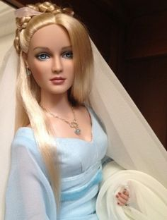 Lady Layke - Tonner Dreamscape Convention Shauna Sculpt wearing Tonner Blue Fairy outfit