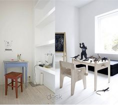 On right side: Hans J. Wegner kids table and Chair (photo by: http://yellows.dk/)