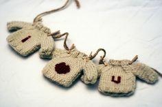 "KATE PRESTON HANDKNITS /BLOG: ""I HEART U"" Mini-sweaters"