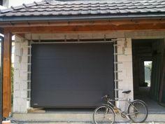 Brama garażowa zlicowana z murem - Krispol