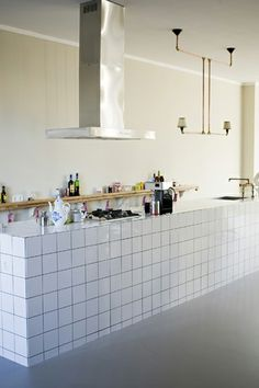Home and Delicious: 10 spaces – kitchens and a focus point