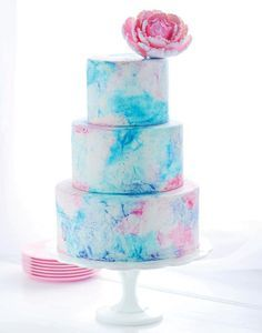 This edible work of art comes from baker and photographer Rosie Alyea of the blog Sweetapolita.