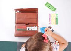 Armelle Blog: DIY busy wallet ...