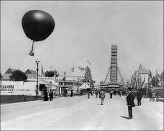 Balloon and Ferris wheel at 1893 world fair in Chicago
