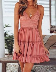 Sexy V-Ausschnitt, Tiered Ruffle Pink, Minikleid mit Blumenmix – Sommer Mode Ideen Sexy V-neck, tiered ruffle pink, mini dress with Women's Dresses, Cute Dresses, Dresses Online, Flower Dresses, Simple Dresses, Cute Dress Outfits, Pink Dress Casual, Fall Dresses, Short Casual Dresses