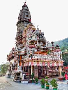 Elegant Ancient Architecture that are Inspiration beacuse the Building is very Amazing - Indian Temple Architecture, India Architecture, Religious Architecture, Ancient Architecture, Temple India, Hindu Temple, Shimla, Tourist Places, Place Of Worship
