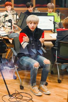 golden child jaehyun #jaehyun #jaehyunwallpaper #jaehyuncute #bongjaehyun #joochan #jaehyun #jangjun #seungmin #daeyeol #youngtaek #seongyoon #jibeom #bomin #donghyun #jaeseok #goldenchild Jae Seok, Woollim Entertainment, Golden Child, Lee Know, Vixx, South Korean Boy Band, Monsta X, Jaehyun, Shinee