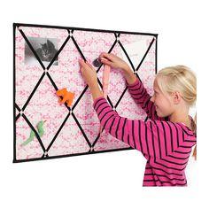 PÅHITTIG Notiztafel IKEA Dekorative Tafel aus Textilmaterial; kann senkrecht oder waagrecht aufgehängt werden.