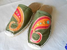 Green Canvas Shoes by AmeliasCrafterie on Etsy