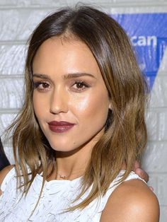 Celebrity hairstyle of the day :: Best celebrity hair 2013