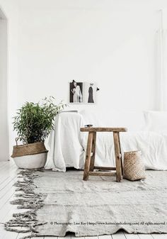 10 Kind Cool Ideas: Minimalist Decor Wedding White Flowers minimalist home bathroom interior design.Minimalist Home Tips Modern minimalist decor wedding white flowers. Interior Design Minimalist, Minimalist Bedroom, Minimalist Decor, Minimalist Living, Minimalist Kitchen, Modern Minimalist, Boho Deco, Deco Boheme, Home Interior