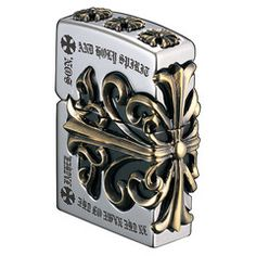 The gross weight of a metal jacket which wraps Zippo is about Zippo more than twice the weight of a regular type ! It is just an art Zippo!