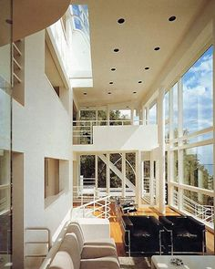 Gallery of AD Classics: Douglas House / Richard Meier & Partners Architects, LLP - 3 Residential Architecture, Interior Architecture, Interior And Exterior, Futuristic Architecture, Interior Design, Richard Meier, Richard Neutra, Beautiful Architecture, Contemporary Architecture