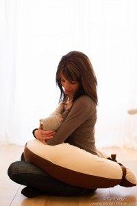 10 choses a vérifier avant d'acheter coussin d'allaitement
