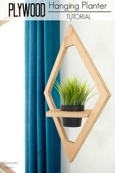 How to make hanging west elm knock off planter hanging planters, diy plante Easy Woodworking Projects, Diy Wood Projects, Wood Crafts, Youtube Woodworking, Woodworking Basics, Woodworking Plans, Cheap Home Decor, Diy Home Decor, Diy Casa