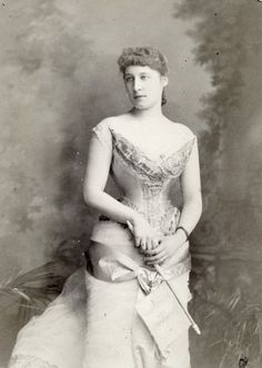 Miss Lily Langtry, actress and royal mistress. .1880s.