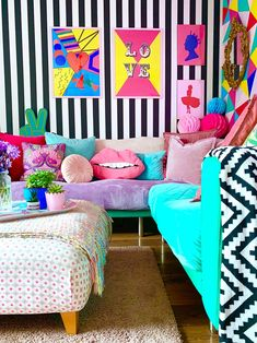 House Tour: A Crazy and Colourful Pop Art Inspired Rental in Sheffield Pop Art Bedroom, Bedroom Decor, Funky Bedroom, Pop Art Decor, Decoration, Funky Decor, Rooms Home Decor, Living Room Decor, Estilo Kitsch
