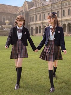 School Uniform Outfits, Cute School Uniforms, School Girl Outfit, Girls Uniforms, Prep School Uniform, Uniform Ideas, School Shirts, Skirt Outfits, Cute Outfits