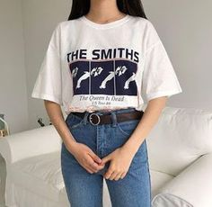Korean Fashion Trends you can Steal – Designer Fashion Tips Hipster Outfits, Mode Outfits, Trendy Outfits, Look 80s, Look Retro, 80s Fashion, Trendy Fashion, Fashion Outfits, Street Fashion