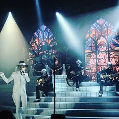 Cardinal copia and the ghouls!! #cardinalcopia #namelessghouls #ghouls #acoustic #tour2018_2019 #liveshow #ghost #bandghost