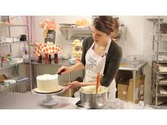 Cake Decorating: Decorating with Buttercream Icing - YouTube