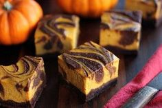 These Bourbon Pumpkin Cheesecake Brownies will be eaten so fast you won't believe it. This indulgent gluten free dessert takes the best of cheesecake and brownies and combines them with a decorative swirl. Halloween Desserts, Postres Halloween, Halloween Food For Party, Holiday Desserts, Holiday Treats, Brownie Cheesecake, Pumpkin Cheesecake, Brownie Batter, Pumpkin Brownies