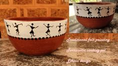 It is a tribal art created by people of the North Sahyadri range in India. The Terracotta cooking pot traditional folk painting is very popular in those regi. Painted Plant Pots, Painted Flower Pots, Pottery Painting Designs, Pottery Art, Worli Painting, Flower Pot Design, Flower Pot Crafts, Glass Bottle Crafts, Indian Art Paintings
