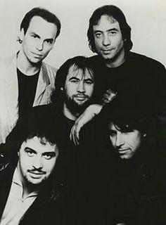 Rock n roll. Steve Hackett, Progressive Rock, Big Men, Latest Music, Cool Bands, Music Artists, Rock N Roll, My Music, Famous People