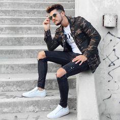 "2,435 Likes, 87 Comments - Fabrizio Aldo Belfiore (@fabrizioaldobelfiore) on Instagram: ""Camou Jacket, ripped jeans and white sneakear. or ? #fabrizioaldo #menwithstreetstyle"""