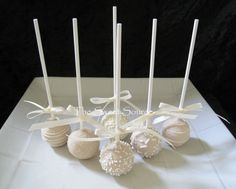 Wedding Favors Wedding Cake Pops Made to Order por TheSweetSource