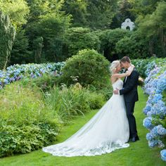 Anna Lauridsen Photography  Beautifully Classic Summer Wedding