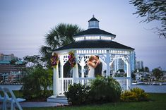 Wedding Flowers Tampa, Fl - Northside Florist Wedding at Davis Islands Garden Club with Wedding Photographer in Tampa Roberts Imagery (34)