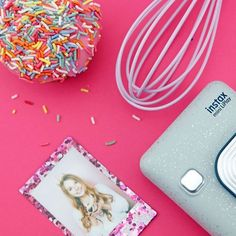 FUJIFILM instax Norge (@instaxnorge) • Instagram-Fotos und -Videos Instax Camera, Fujifilm Instax, Instant Print Camera, Card Sizes, Videos, Prints, Instagram, Video Clip