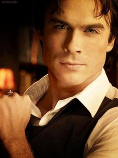 Damon Salvatore is the best vampire I have ever seen! He even beats out Edward Cullen by a mile!