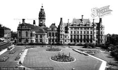 Sheffield, The Peace Gardens And The Town Hall from Francis Frith Local History, Photo Online, Town Hall, Coventry, Sheffield, Yorkshire, Old Photos, The Good Place, The Past