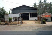 Sewa Gudang Di Jogja Utara | Di Sewakan Gudang Di Jalan Magelang Km 10  #disewakan Rp.95jt/thn http://www.urbanindo.com/p/PMRCE6 lewat @urban_indo