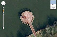 Cena do crime revelada no Google Maps ou nao é o que parece? Veja essa imagem http://www.bluebus.com.br/cena-do-crime-revelada-no-google-maps-ou-nao-e-o-que-parece-veja-essa-imagem/