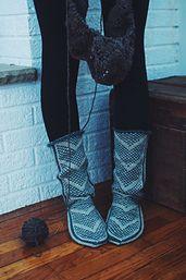 Ravelry: Wanderers: Modern Mukluks pattern by Andrea Mowry