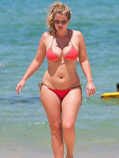 Princess Diana's Niece Flaunts Her Curves in Teeny-Tiny String Bikini http://www.people.com/people/package/article/0,,20395222_20970924,00.html