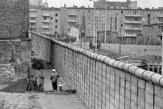 Life of the Berlin Wall - USATODAY.com Photos