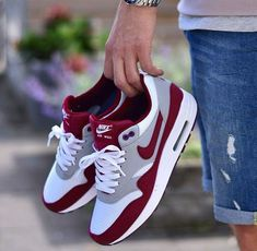 e2c5626f4652  taishadiazz Nike Air Max Shoes
