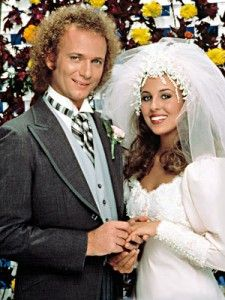 LUKE AND LAURA (Anthony Geary and Genie Francis) General Hospital After they left the show I stopped watching and never started another soap opera again. Laura Spencer, Genie Francis, Luke And Laura, Soap Stars, This Is Your Life, Famous Couples, Tv Couples, Romantic Couples, Thing 1