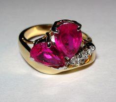 Pretty Costume Jewelry Ring