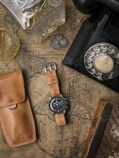 Omega Speedmaster on leather nato with whisky and some other vintage stuff. Minus the leather, obviously. Men's Watches, Cool Watches, Watches For Men, Luxury Watches, Fashion Watches, Watches Photography, Vintage Watches, Watch Bands, Ring Watch