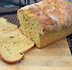 """""""5 Reasons Why Your Bread Dough Doesn't Rise"""" Despite our best efforts, sometimes flour plus water plus yeast doesn't equal a tantalizing loaf of bread, it's just a large lump of dough. From MOTHER EARTH NEWS"""