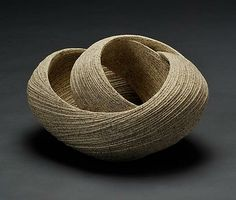 Sakiyama Takayuki Elliptical Twisting Open Sculpture with Carved Surface, 2011 stoneware with sand glaze x x photo: Nishihara Katsumi -- open form, texture, color and shadow play Japanese Ceramics, Japanese Pottery, Japanese Art, Ceramic Pottery, Pottery Art, Ceramic Art, Porcelain Ceramic, Slab Pottery, Pottery Studio