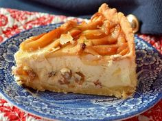 Honest cheesecake with honey and apples Sweet Recipes, Cake Recipes, Dorm Food, Energy Bites, Healthy Options, Cheesecakes, Delicious Desserts, Food And Drink, Ale