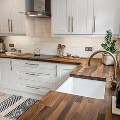 French Kitchen Decor, Home Decor Kitchen, Home Kitchens, Kitchen Living, Kitchen Small, Scandinavian Kitchen, Country Kitchen, Ideas For Small Kitchens, Rustic Kitchen